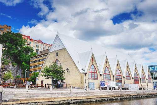 """Здание рыбного рынка """"Рыбной церкви"""""""
